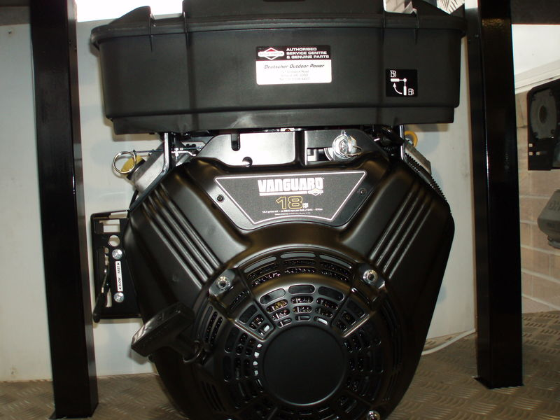 Briggs + Stratton 18hp V Twin